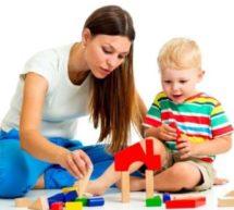 Для вас — родители: чем занять ребёнка не выходя из дома.